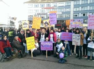 Bild der HNA vom One Billion Rising 2014 in Kassel
